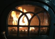 薪の積み込み完了❣️もうすぐ薪ストーブに火が入ります。🔥にゃこ姉のブログも見てね。