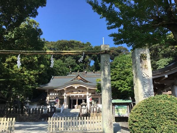 今日は9月1日、公智神社の月次祭に行って来ました。昨日も若いお嬢さんが、アフタヌーンティーを楽しんでくれました。