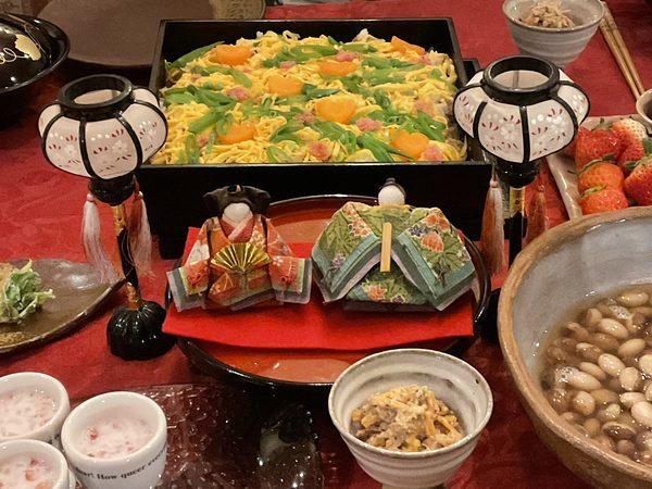 今日は3月3日ひな祭り🎎 第一回分かち合いの食事会を3月27日土曜日に開催します。
